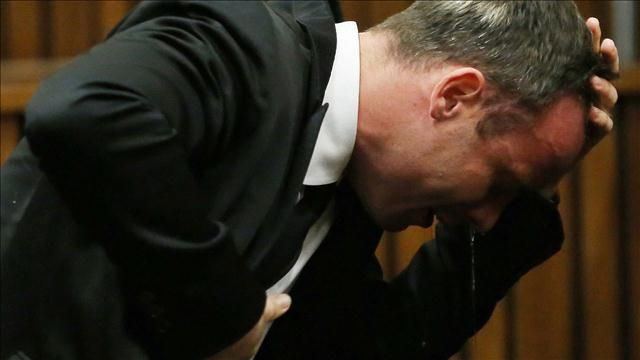 Oscar Pistorius opened his testimony on Monday apologizing to Reeva ...